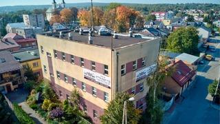"""""""Patio Jasídico"""", el edificio adquirido por una comunidad judía ultraortodoxa."""