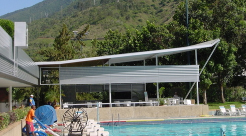 Piscina del club social Hebraica en Caracas.