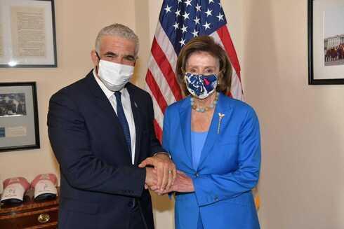Lapid y Pelosi, este martes en Washington.