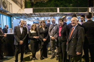 Galit Ronen junto a las autoridades de ACILBA.